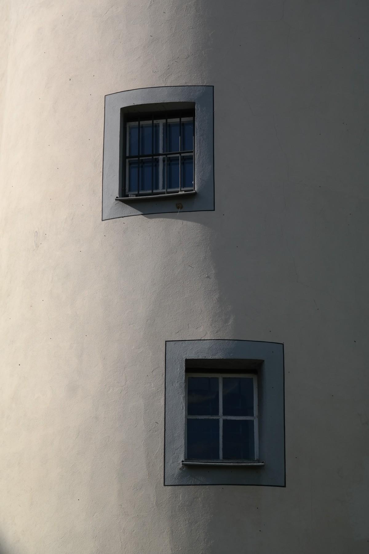 Gratis afbeeldingen hout wit huis venster aantal muur groen rood kleur blauw zwart - Huis interieur architectuur ...