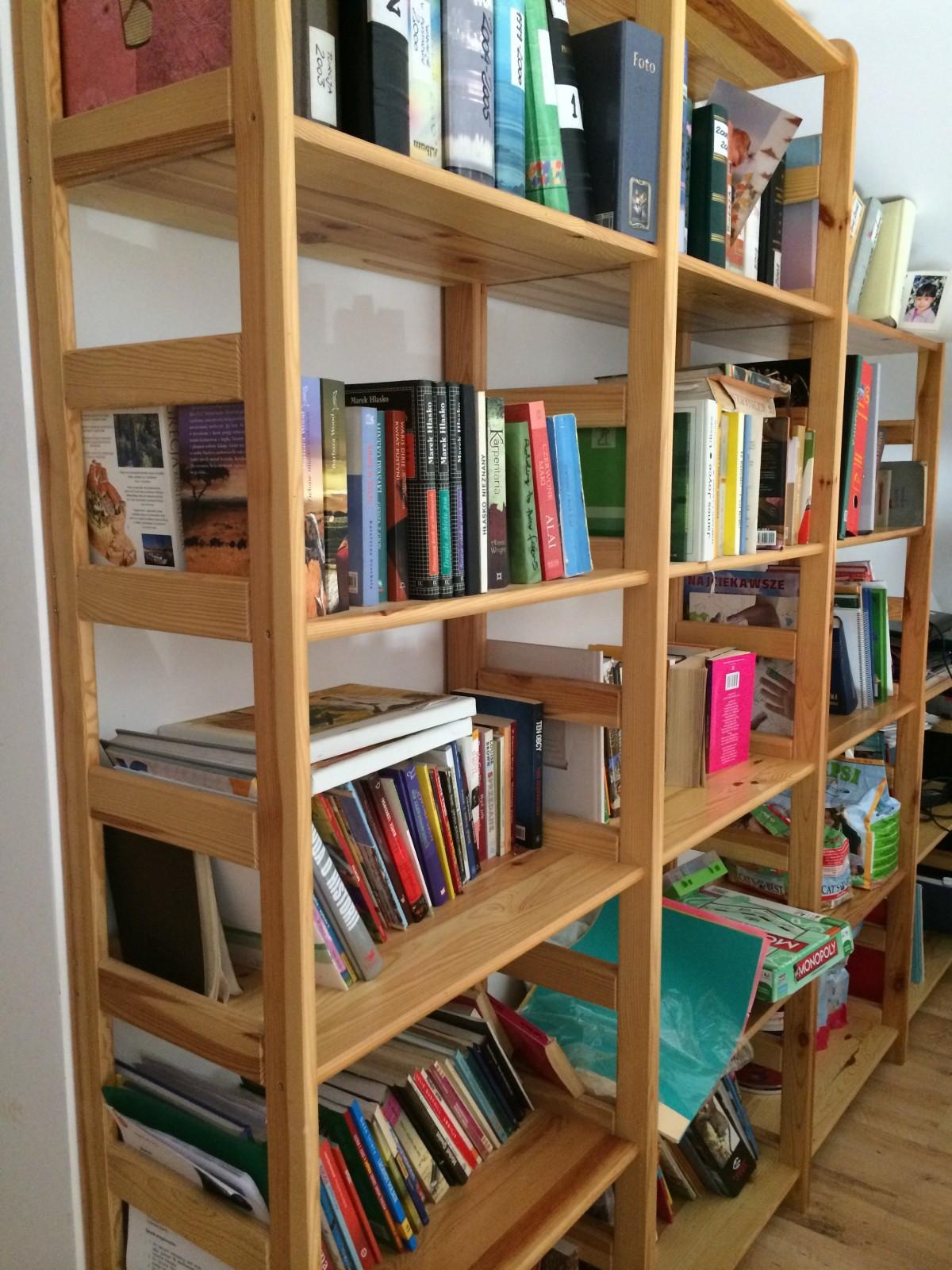 Fotos gratis libro casa estante mueble educaci n - Estanteria libros ...