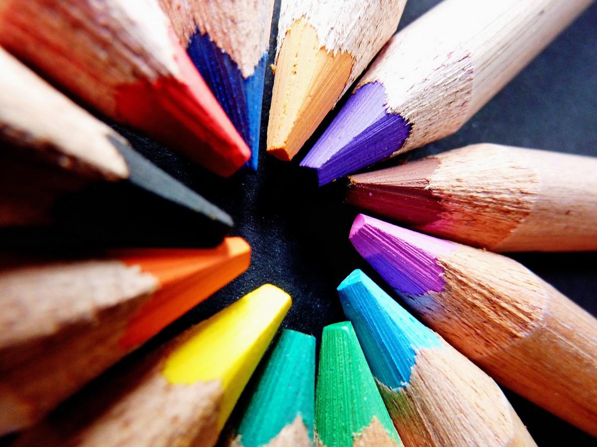 Dibujo De Un Lapiz De Color: Fotos Gratis : Mano, Lápiz, Pétalo, Dedo, Pintar, Vistoso