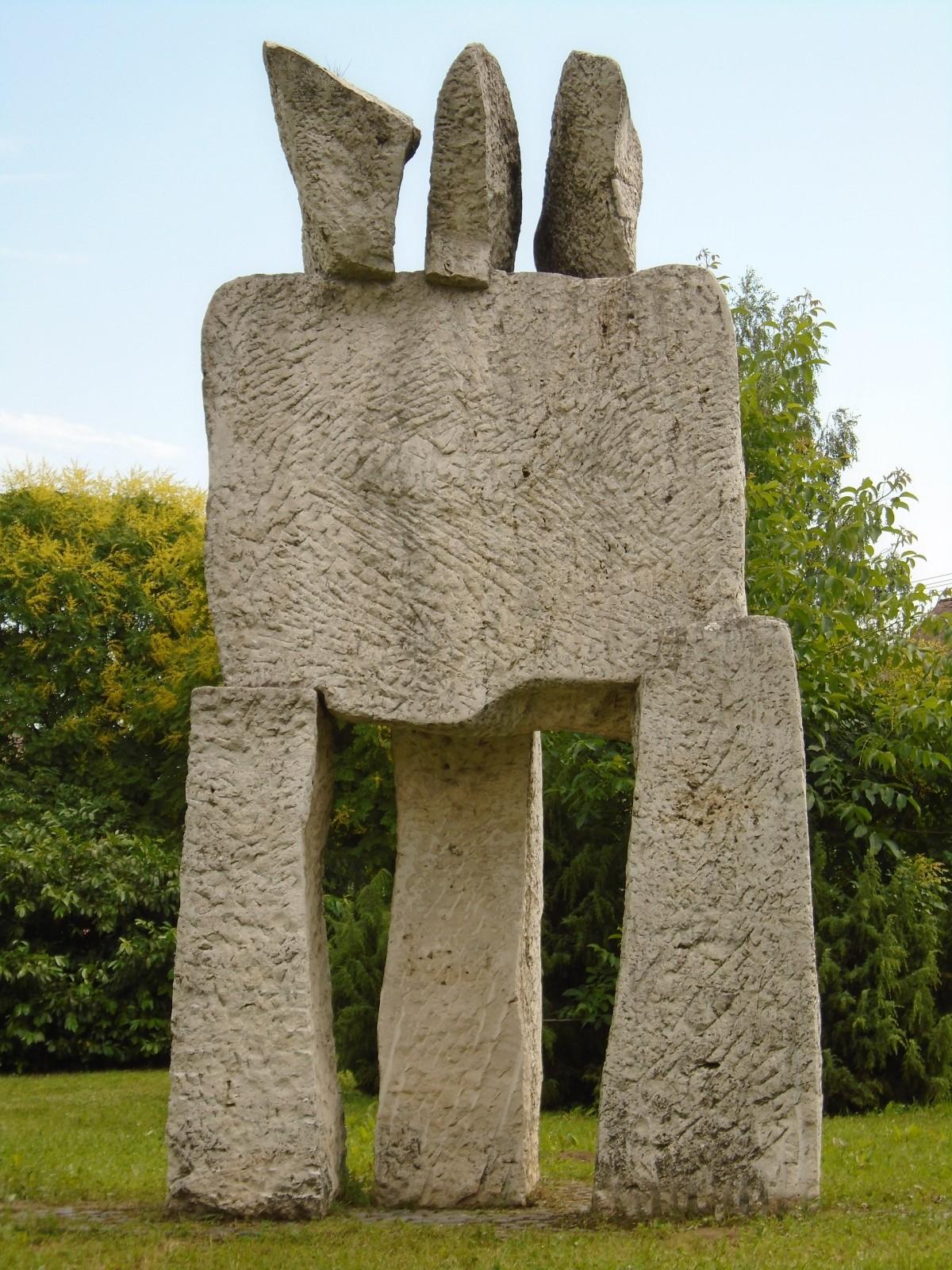 Images Gratuites Paysage Structure Monument Colonne Objet Ouvrages D 39 Art La Tombe