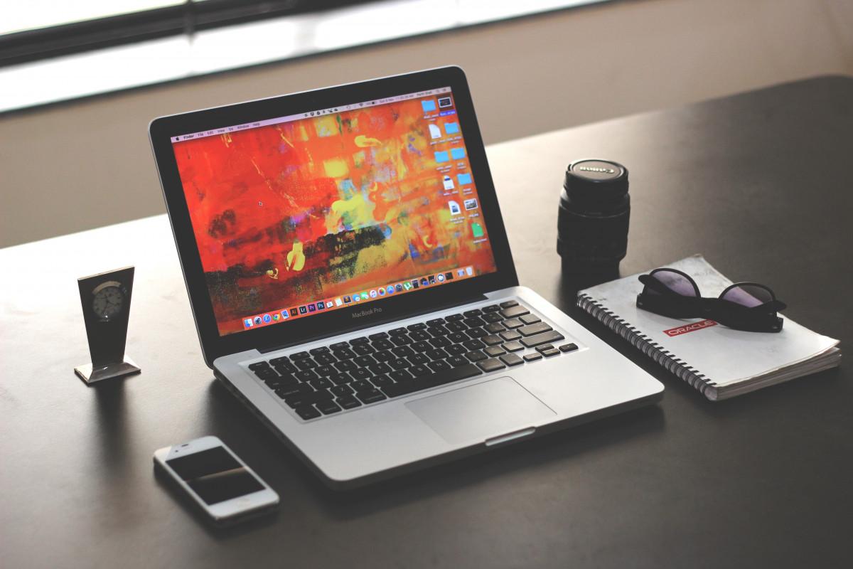 Fotos gratis ordenador port til iphone mesa - Mesa portatil ordenador ...