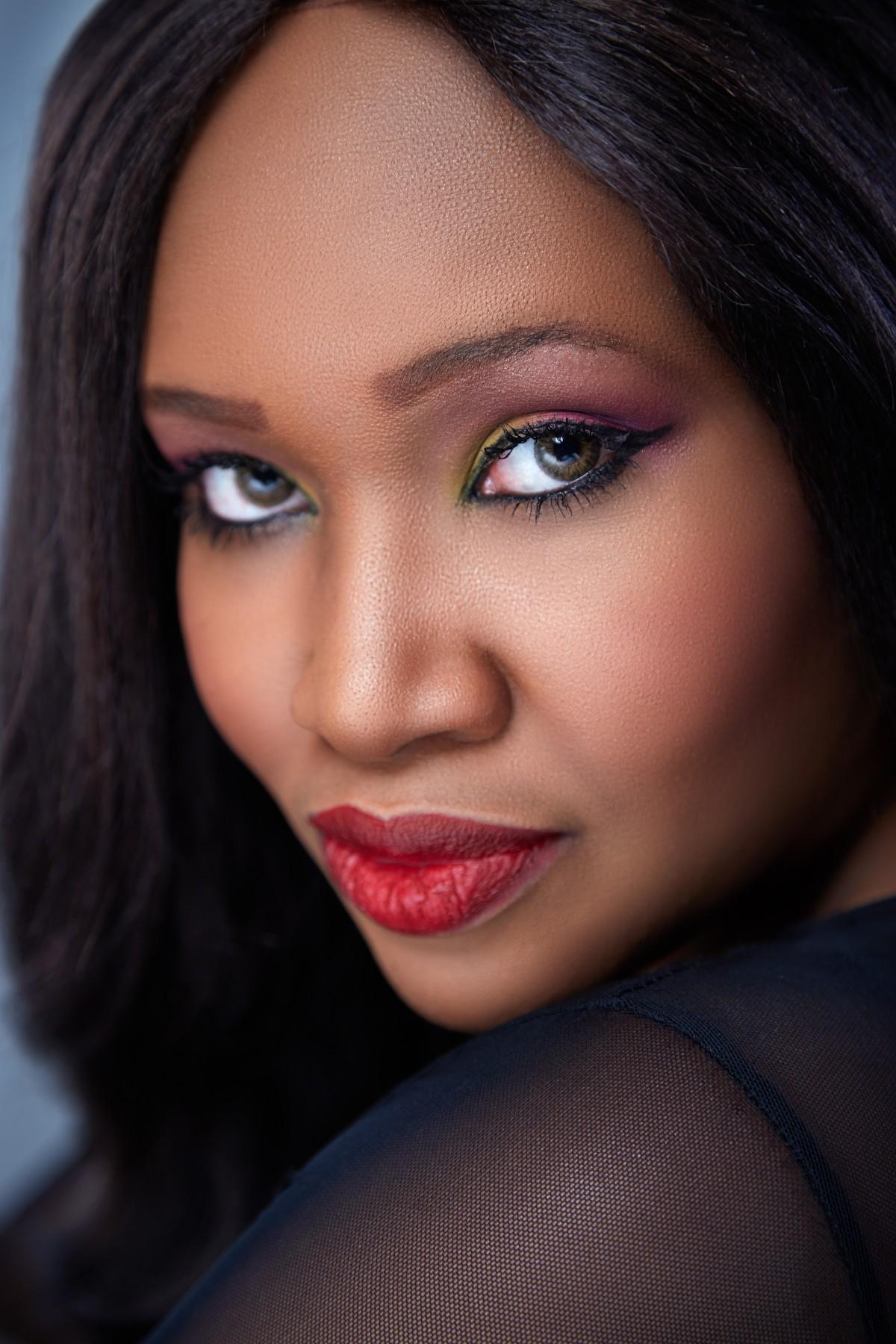 Black women facial — photo 4