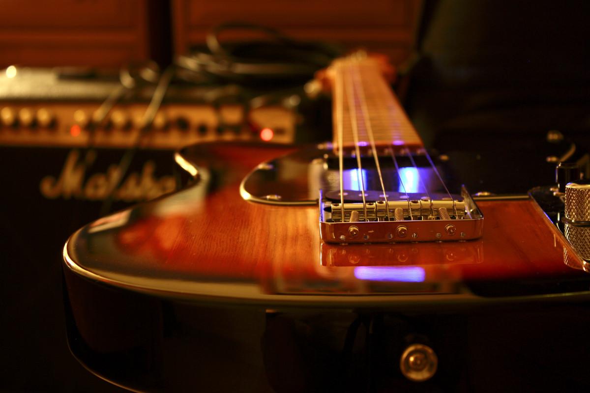free images cafe music guitar green speaker black lighting amplifier musical. Black Bedroom Furniture Sets. Home Design Ideas