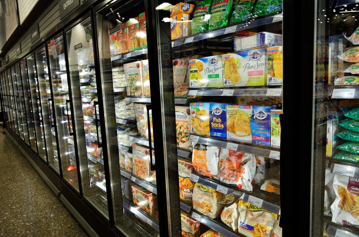 https://c.pxhere.com/photos/1b/33/frozen_food_supermarket_frozen_cold_freezer_grocery_healthy_refrigerator-633784.jpg!d