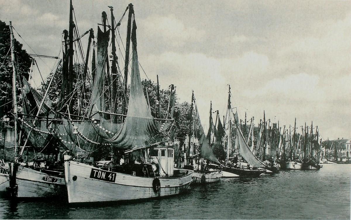 Free Images Black And White Boat Vehicle Mast