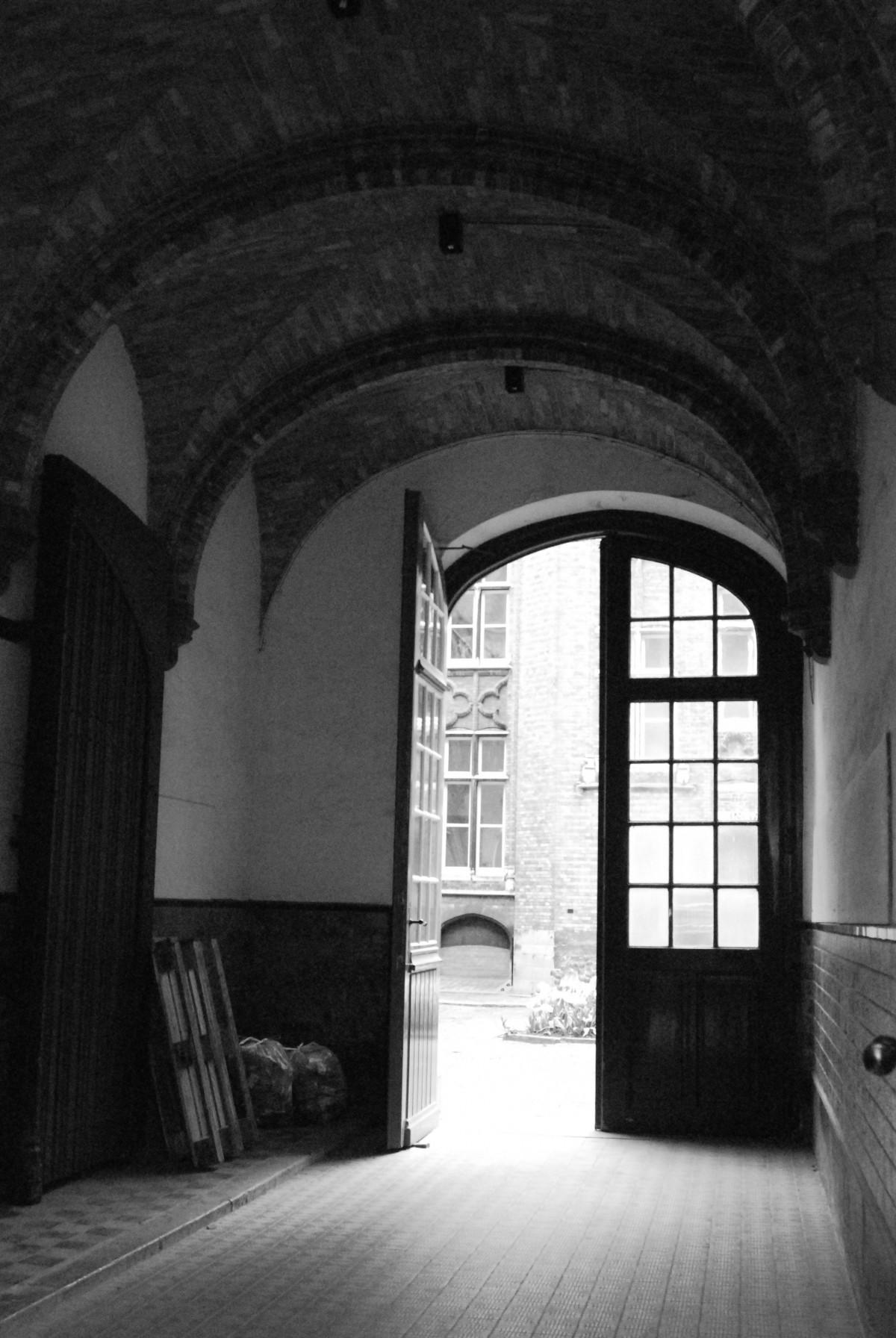 Fotos gratis ligero en blanco y negro arquitectura for Disenos de interiores en blanco y negro