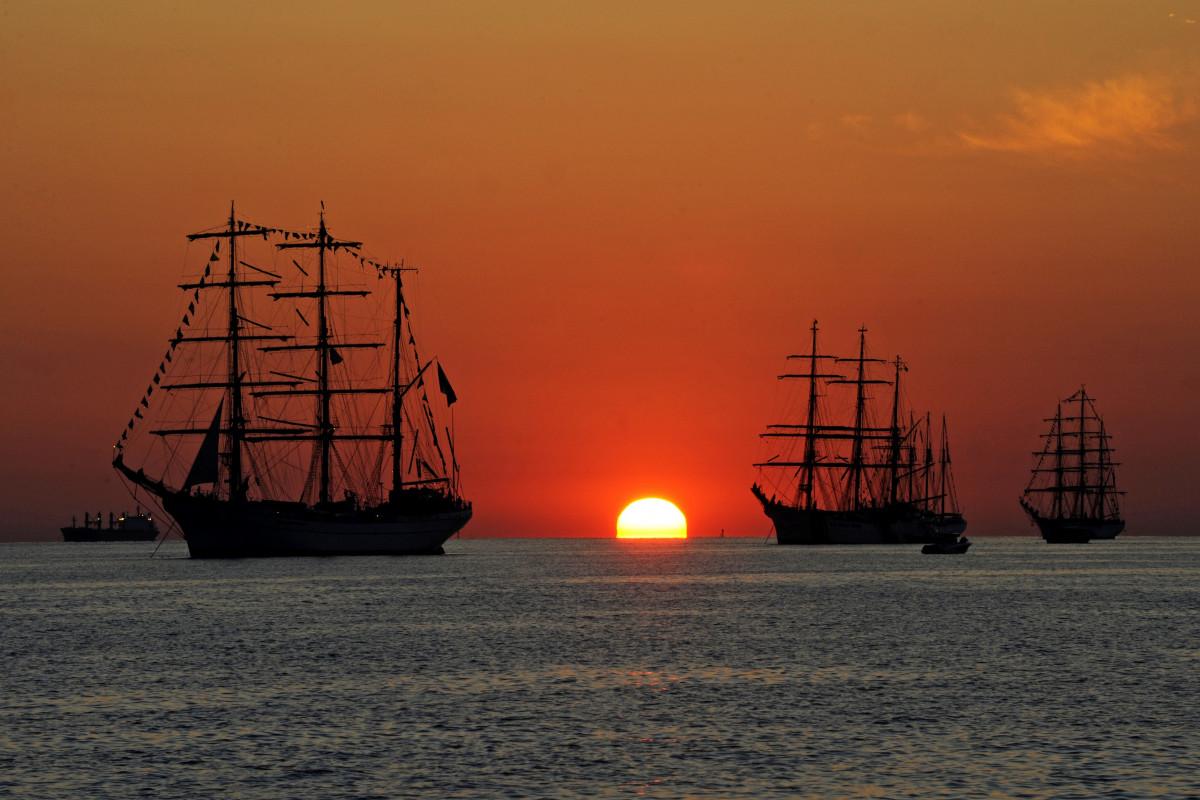 бородино картинки корабля солнце желательно