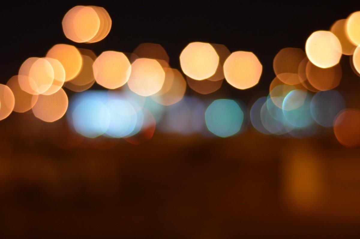gambar cahaya mengaburkan abstrak malam sinar