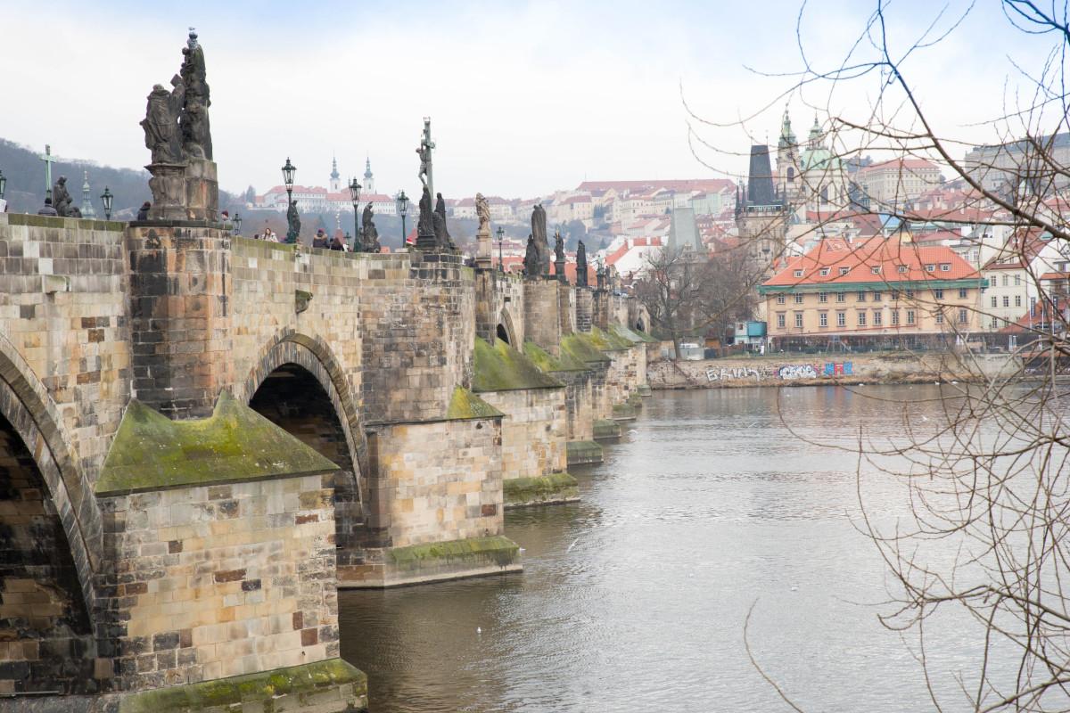 Images gratuites eau ville rivi re canal paysage for Piscine chateau d eau reims