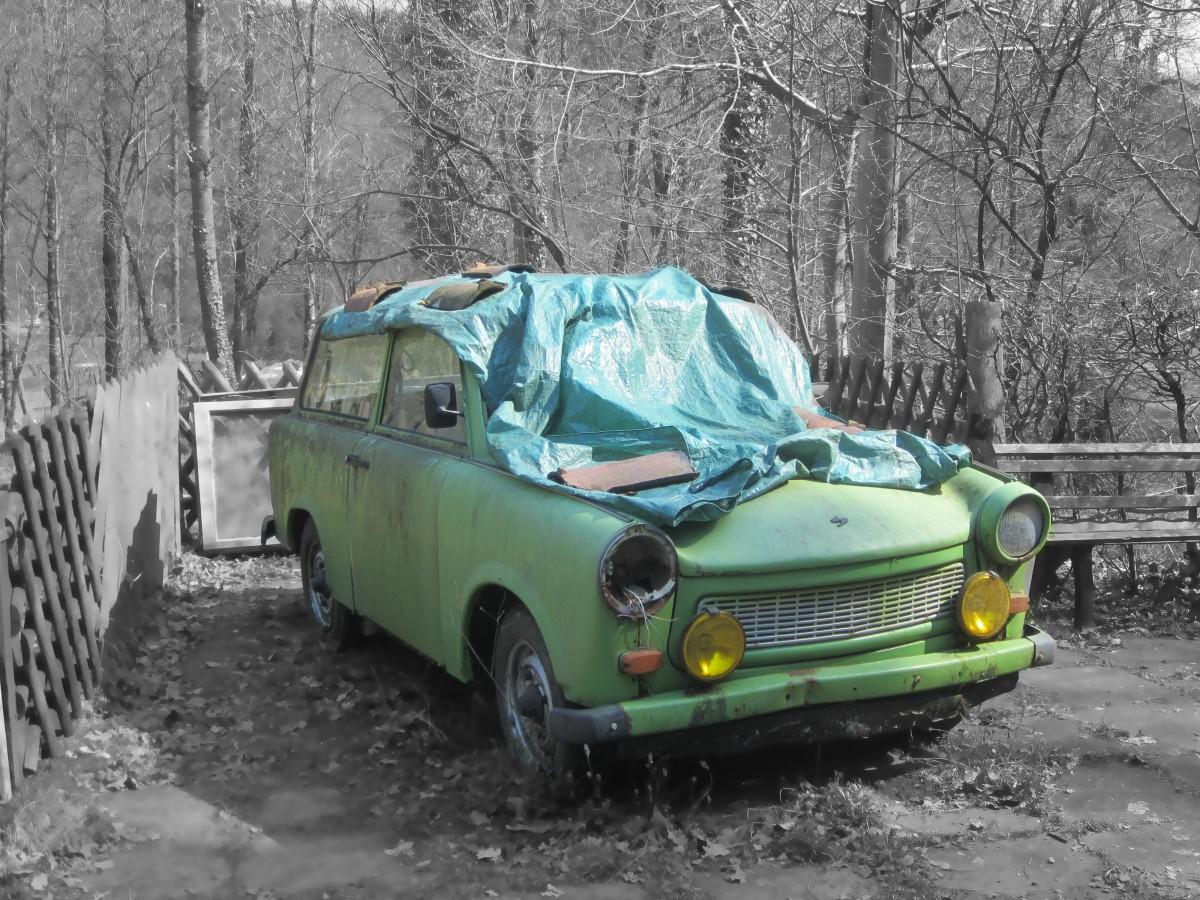voiture véhicule auto voiture ancienne mini Cooper sedan Mini Vieil homme épave Voiture ancienne Voiture de ville Véhicule tout terrain Véhicule de sport Véhicule terrestre Trabbi Marque automobile Hors route Voiture sous-compacte