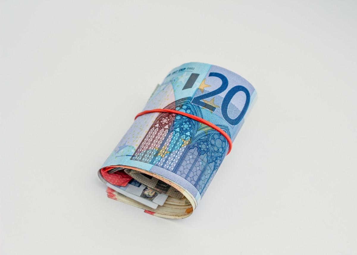 argent Matériel marque produit en espèces textile devise des économies Billets de banque Euros factures billet d'argent Accessoires de mode