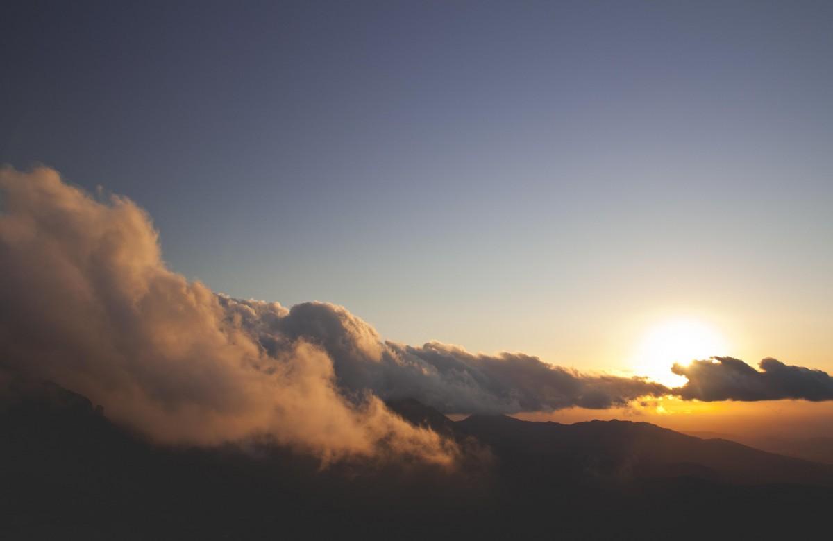 mountains sky light clouds - photo #13