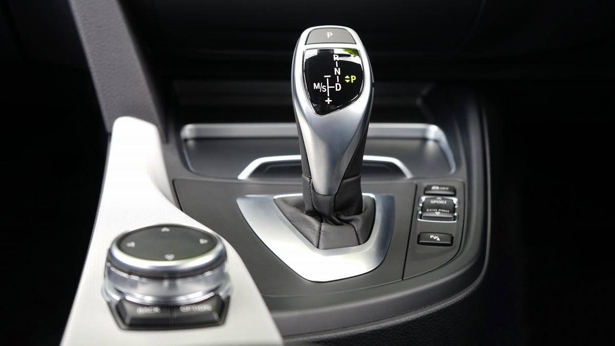 Gratis Afbeeldingen : wiel, voertuig, stuur, auto-interieur, sedan ...