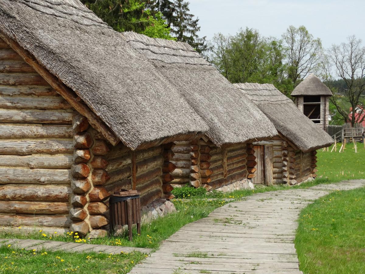 Free images house building hut cottage property for Farm house construction