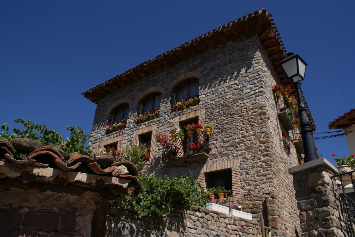 Fotos gratis pueblo viajar modelo castillo turismo espa a restos bel n lanzarote isla - Pueblos de espana que ofrecen casa y trabajo 2017 ...