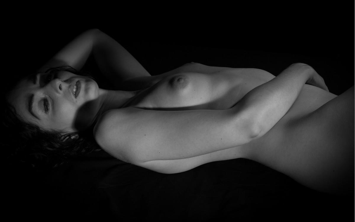 Nude male friends-1567