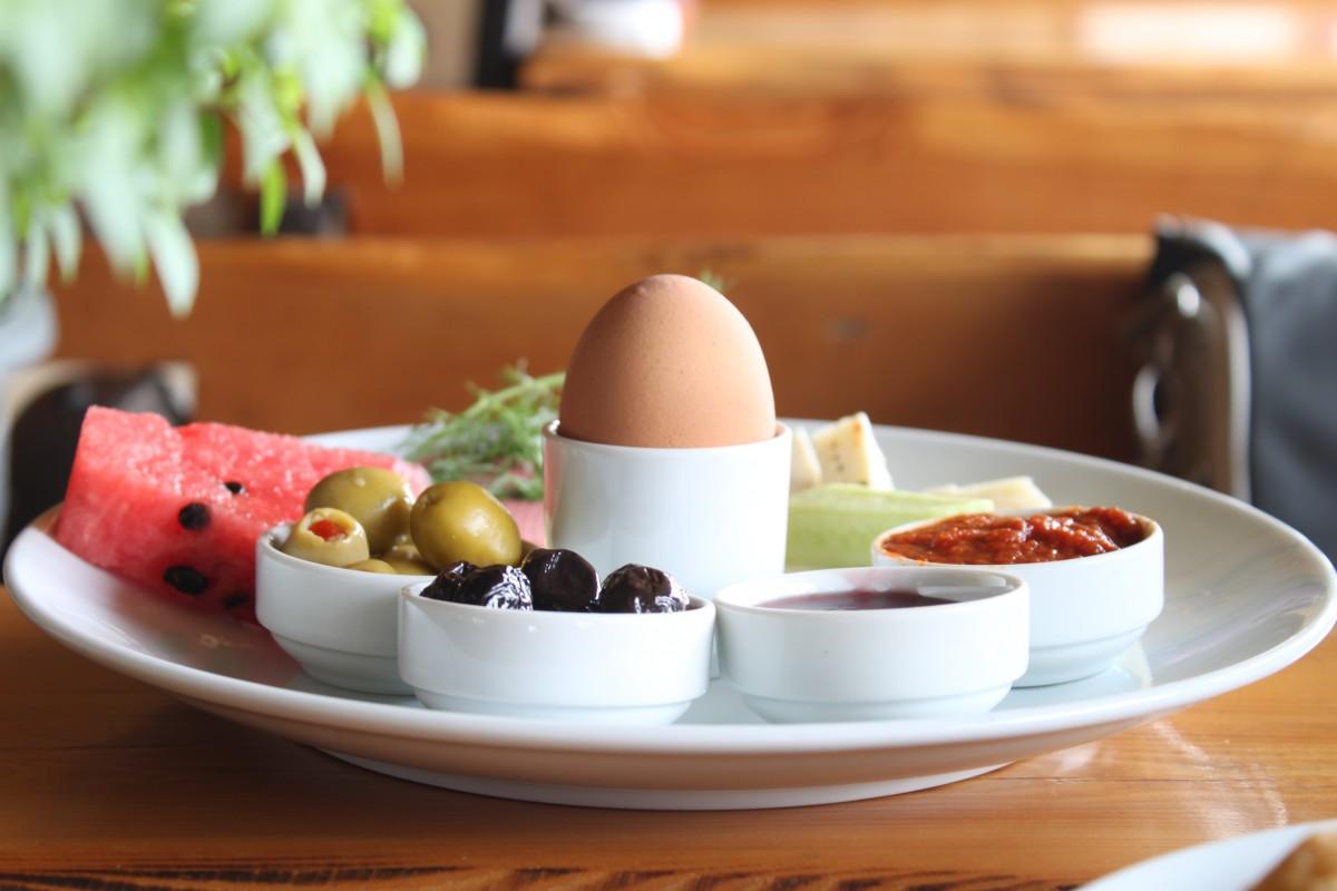 free images wood tea morning restaurant dish meal food produce breakfast lunch. Black Bedroom Furniture Sets. Home Design Ideas