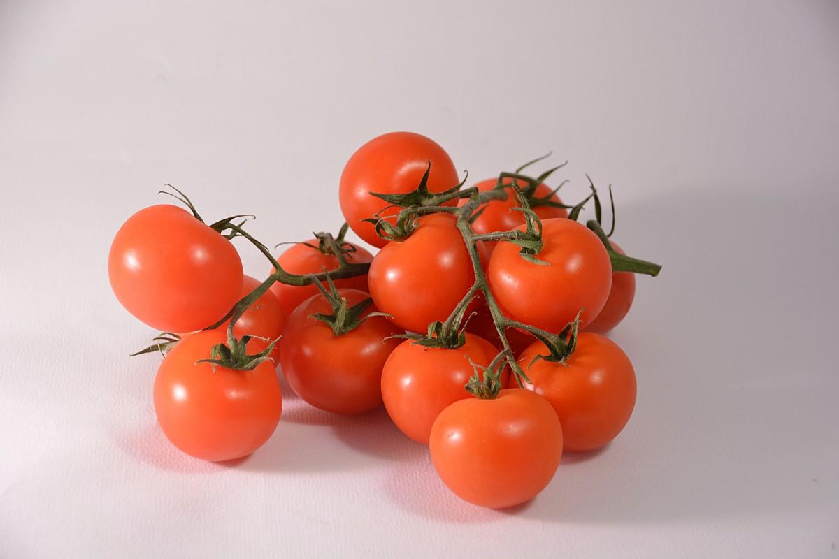 растение, фрукты, Пища, Красный, производить, Овощной, помидор, принимать пищу, Помидоры, Витамины, огород, цветущее растение, Красный помидор, Кластерный помидор, Наземный завод, Картофель и томатный сорт