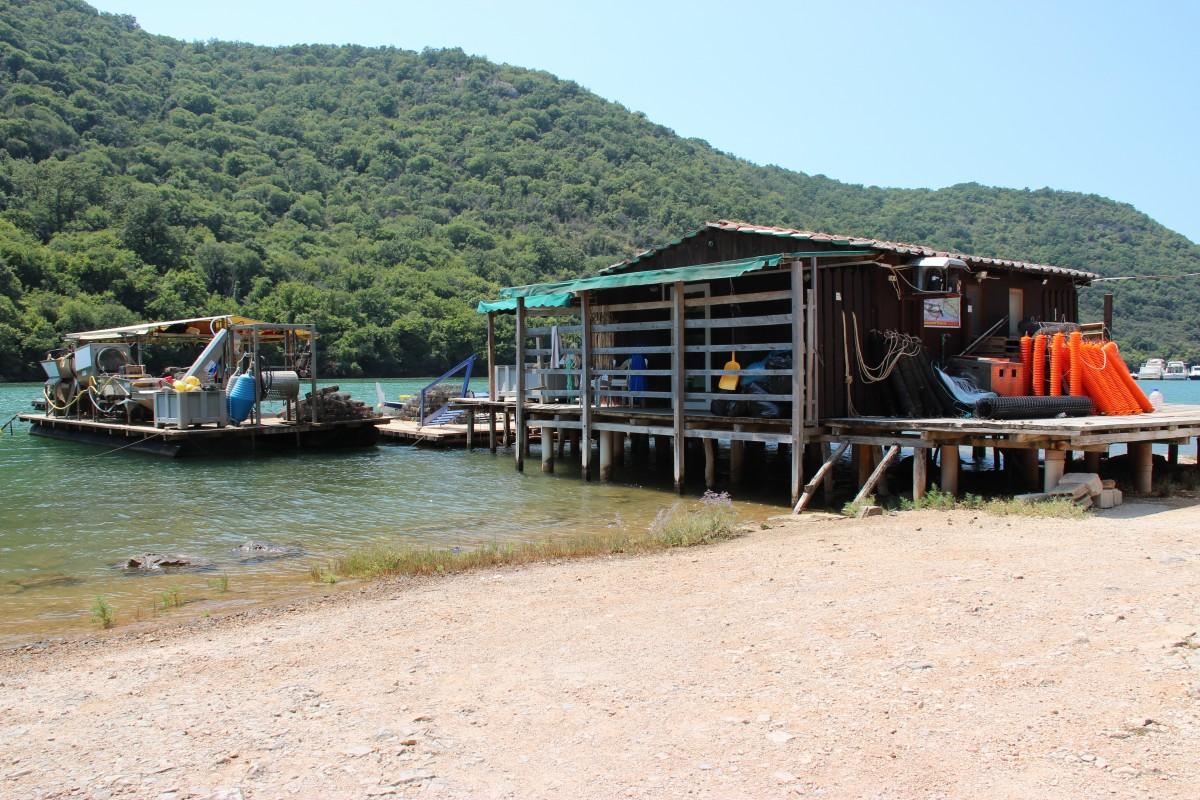 Kostenlose foto : Strand, Meer, Küste, Wasser, Boot, Haus, Hütte ...