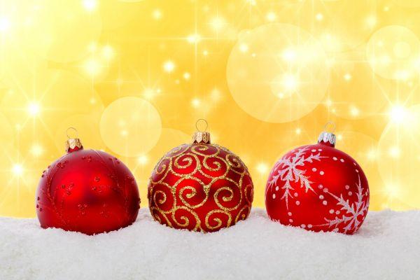 snow,glass,celebration,decoration,red,winter