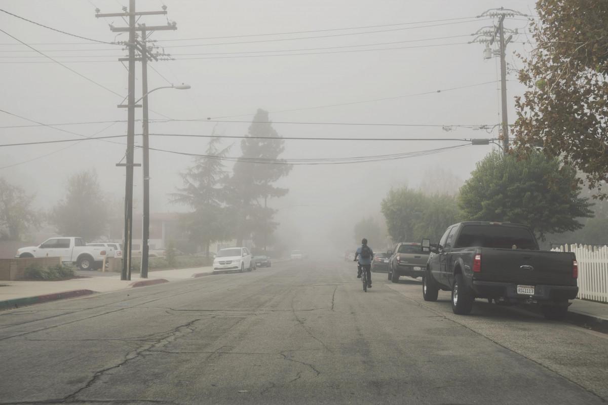 road_street_mist_fog_smog_haze_outdoor_powerlines-335304.jpg!d (1200×800)