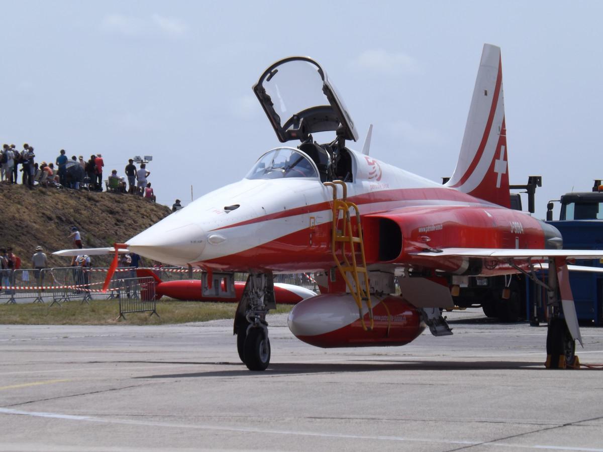 オリジナル F 15 Jet Engine - さのばりも