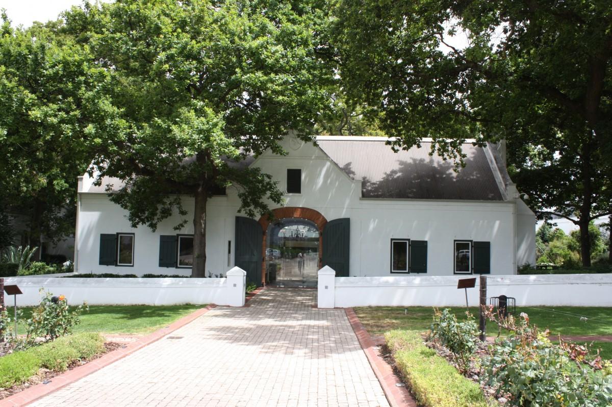 Images gratuites architecture maison b timent fa ade - Couleurs du sud immobilier ...