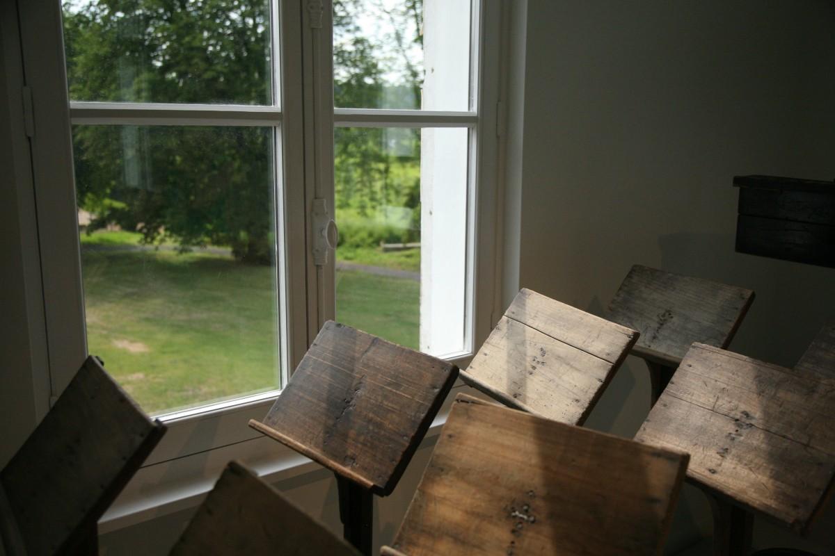 Images Gratuites : la musique, bois, maison, sol, fenêtre, chalet, propriété, salon, chambre ...
