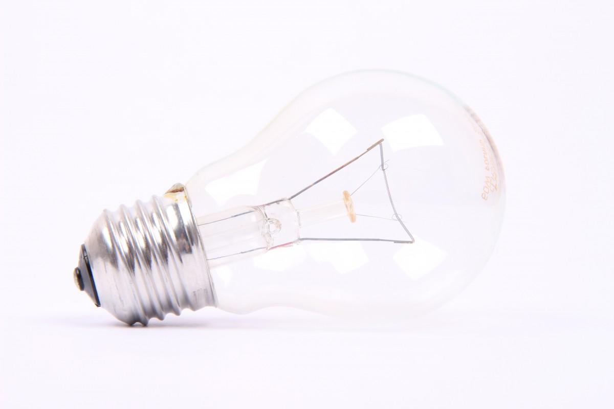 Картинки лампочки на белом фоне