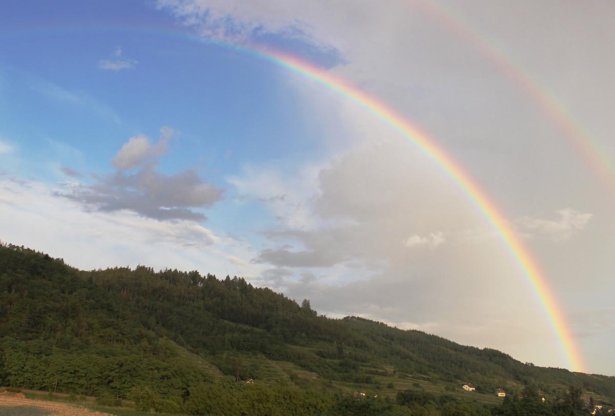 Rainbow Light Nature