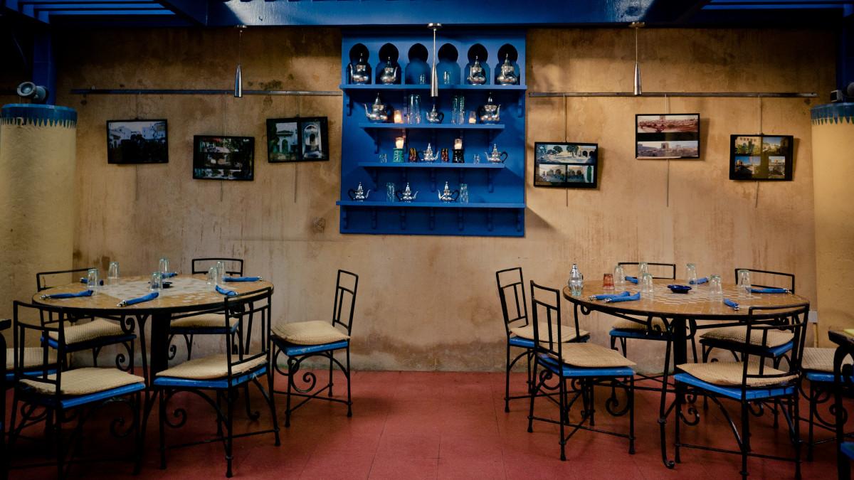 Gratis afbeeldingen buitenshuis bestek boord restaurant bar
