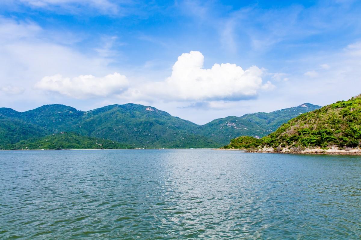 Gambar : pemandangan, laut, gunung, danau, rumah ...