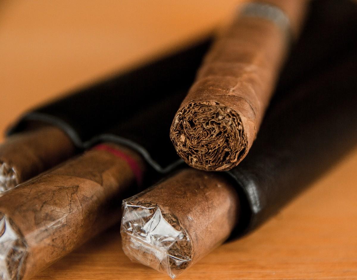 Хорошего, открытка сигары