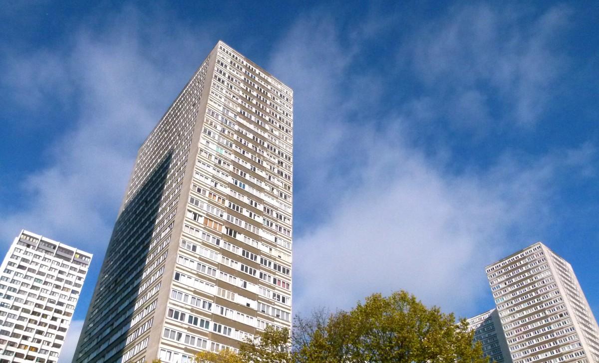 Gratis afbeeldingen boom waterval persoon architectuur horizon gebouw stad - Architect binnen klein gebied paris ...