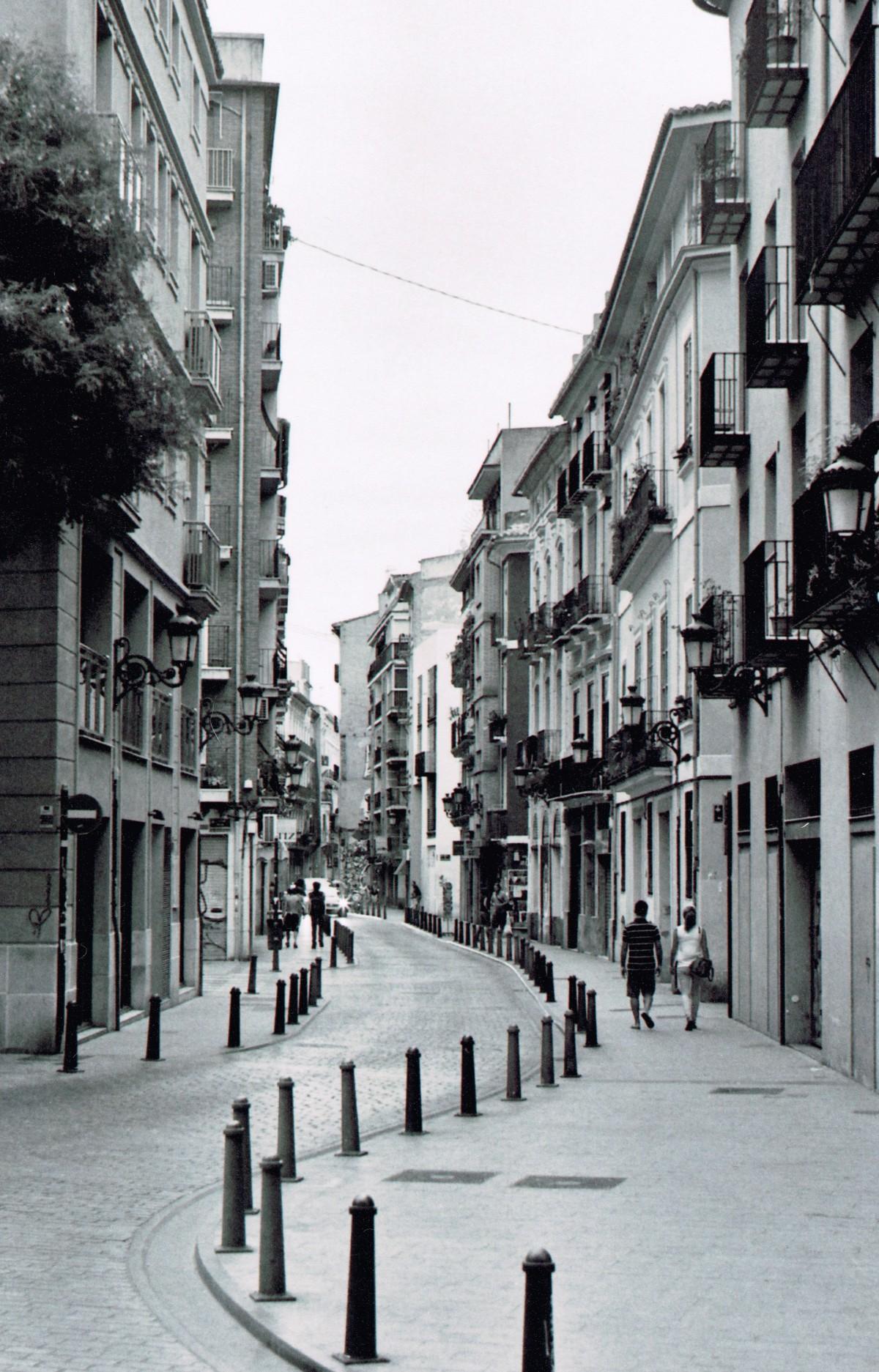 Images gratuites pi ton noir et blanc architecture for Architecture noir et blanc
