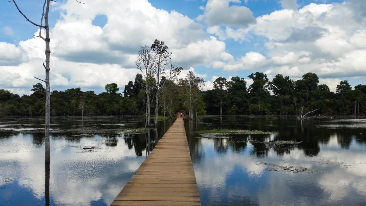 Fotos gratis lago edificio palacio r o paisaje for Estanque reflectante