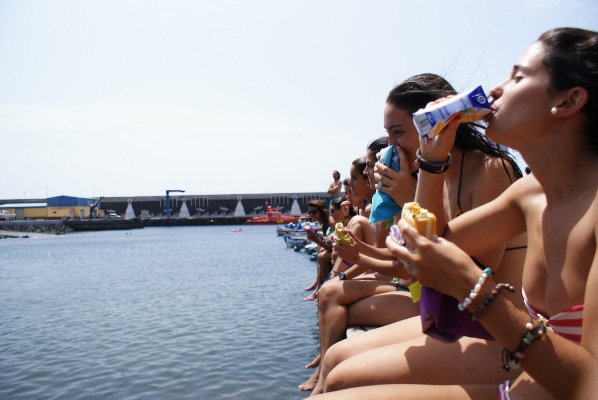 Bikinis universitarios de vacaciones de primavera