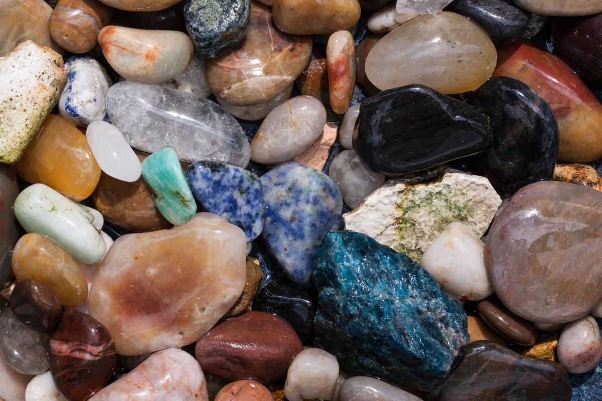 самом камень самоцвет картинка фоне всех