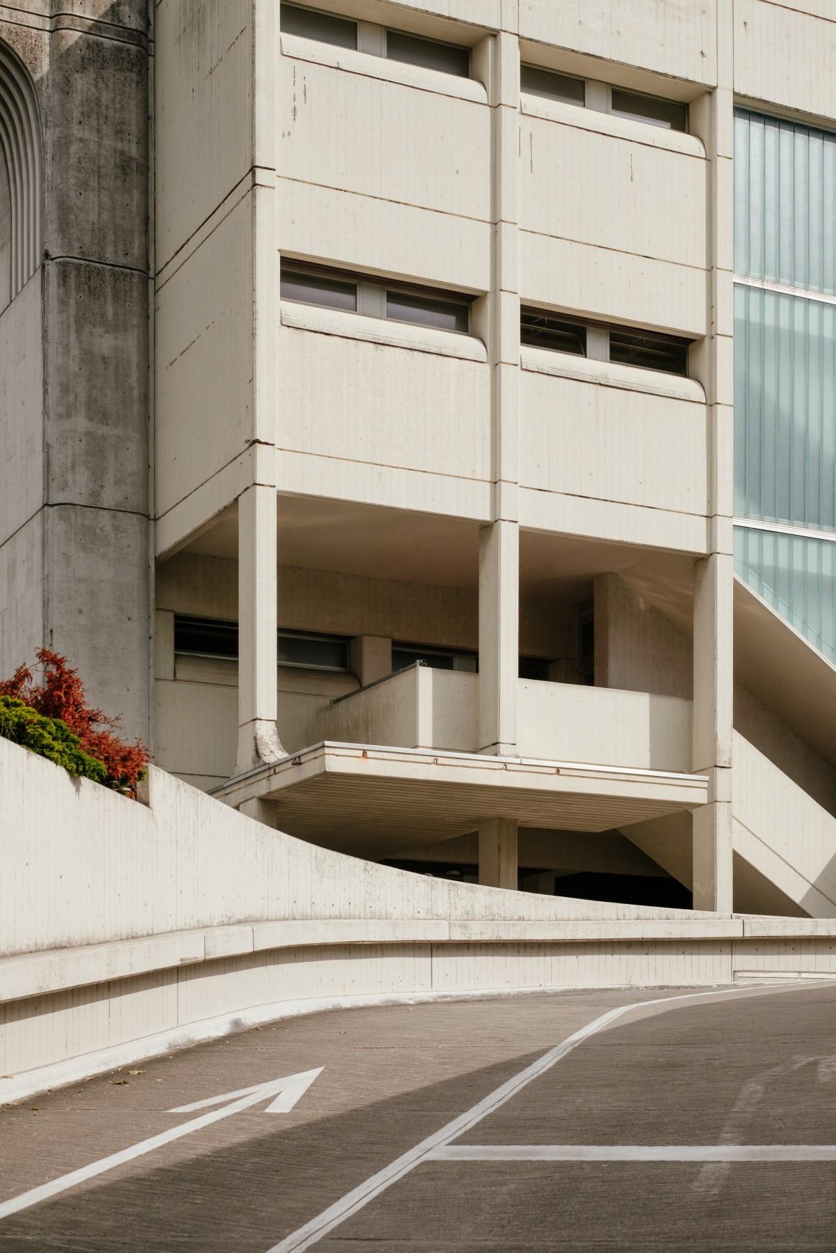 Gratis afbeeldingen architectuur structuur hout trap venster dak gebouw wolkenkrabber - Interieur ontwerp trap ...