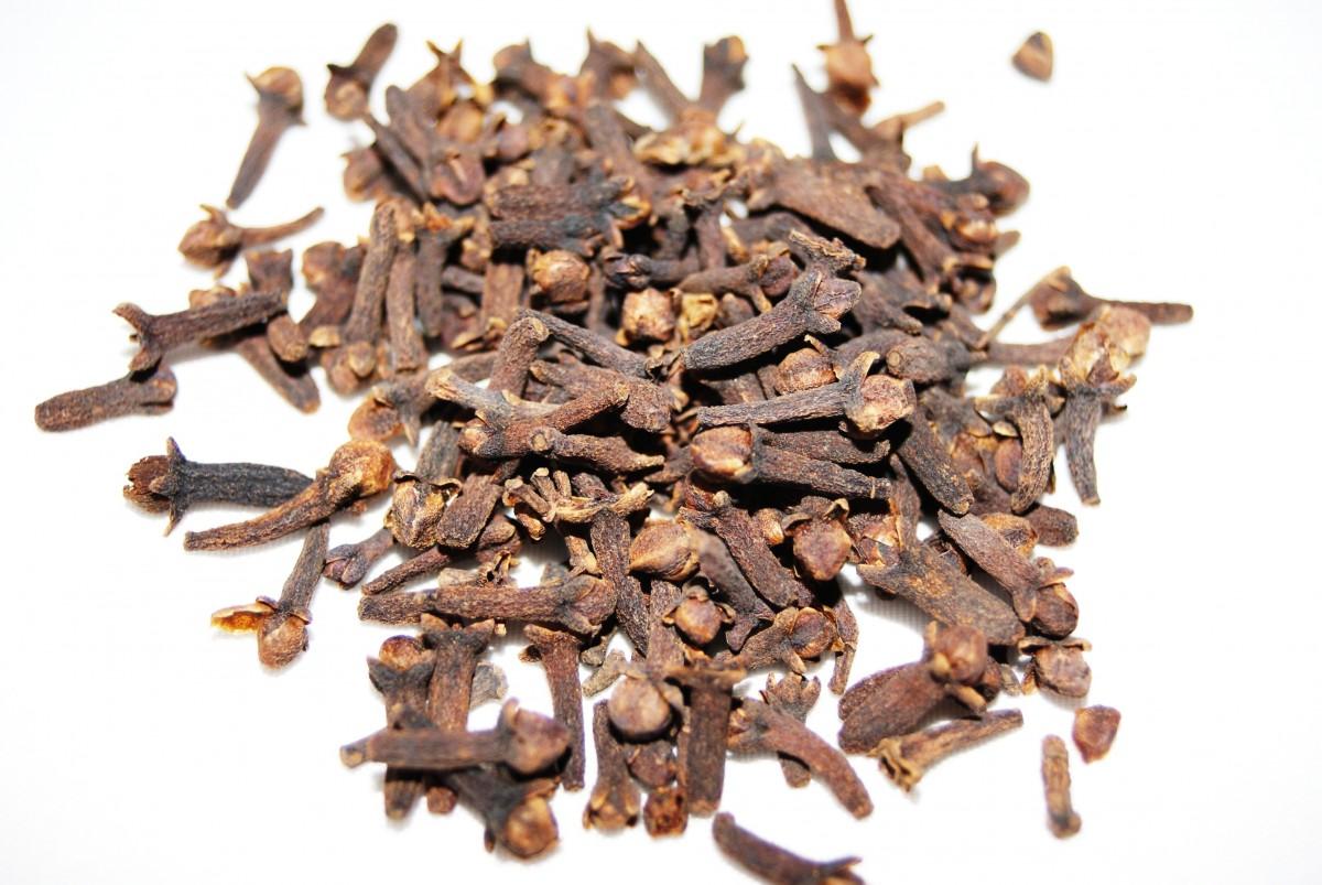 food spice herb produce brown cloves flavor keemun