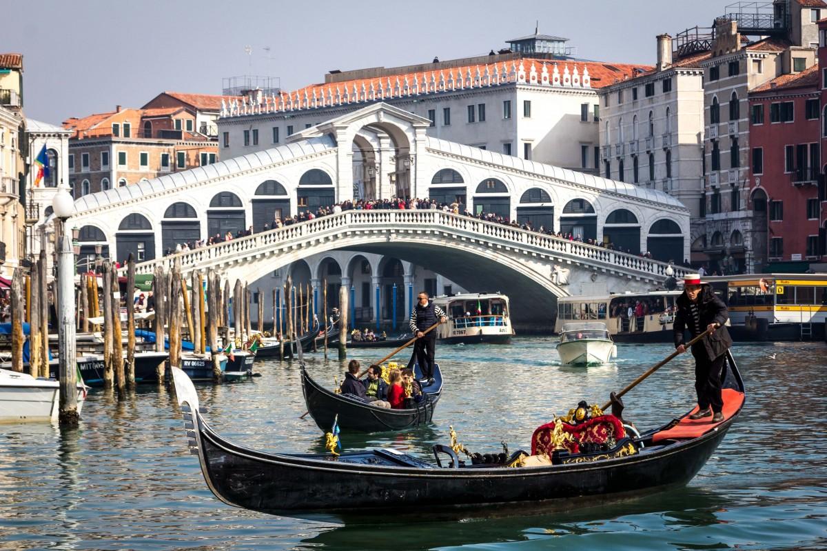 water, boat, bridge, canal, vacation, vehicle, romantic, italy, venice, historic, waterway, boating, veneto, gondola, ponte, watercraft, italian, gondolier, rialto, grand canal, Free Images In PxHere