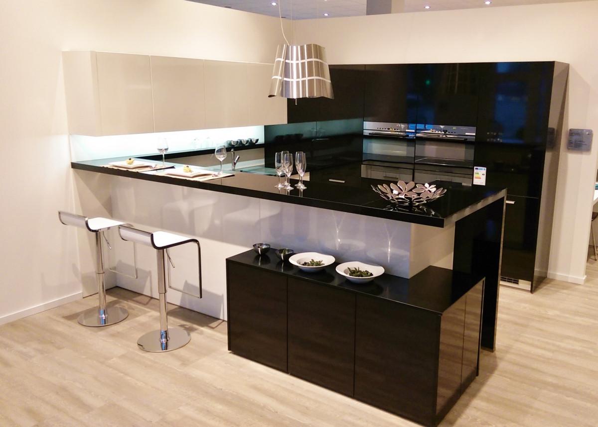 free images desk table floor home office kitchen property living room furniture. Black Bedroom Furniture Sets. Home Design Ideas