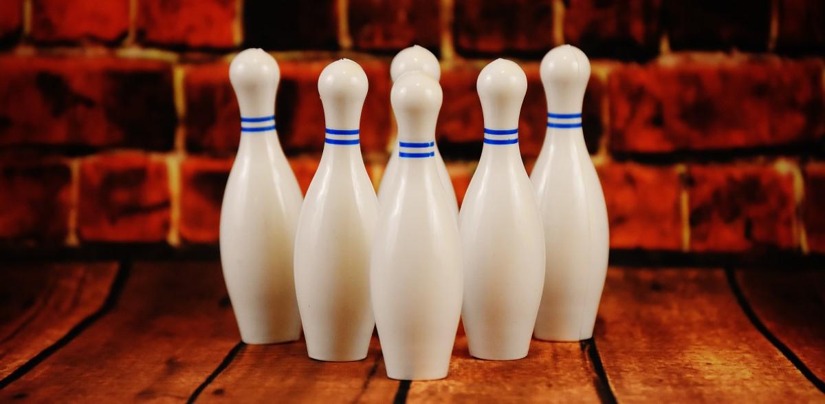 Gratis billeder : hvid, plast, belysning, sport, bowling kegle 6000x4000 - - 1186525 - Gratis ...