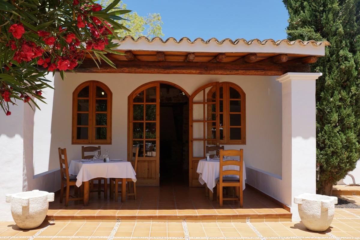 Fotos gratis paisaje villa porche caba a patio - Fotos de patios de casas ...