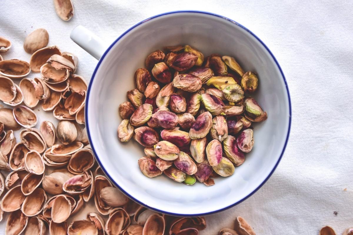 salta egna pistagenötter med skal