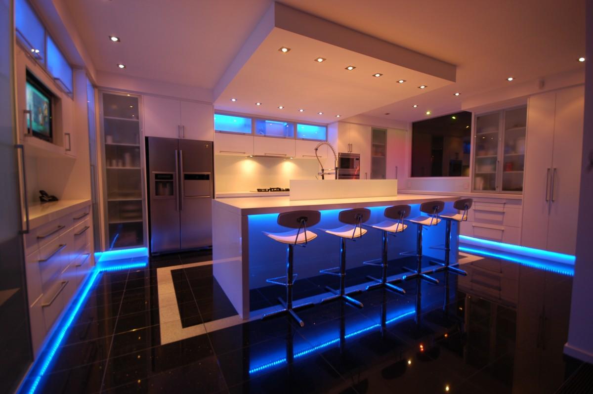 Bar Design In Kitchen