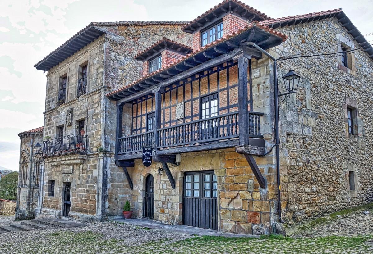 старинные дома европы фото впишутся любой интерьер