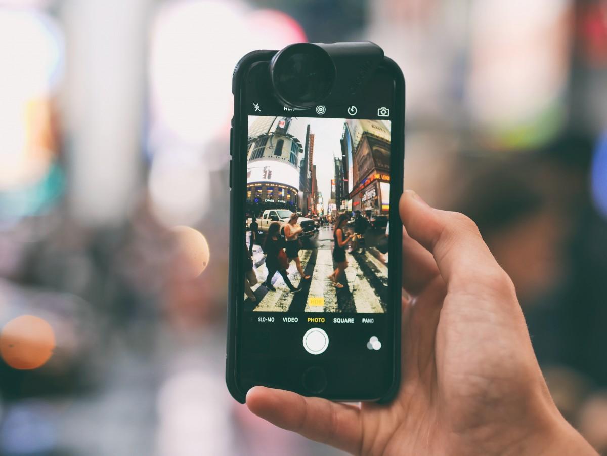Gambar : Iphone, Smartphone, tangan, apel, teknologi ...