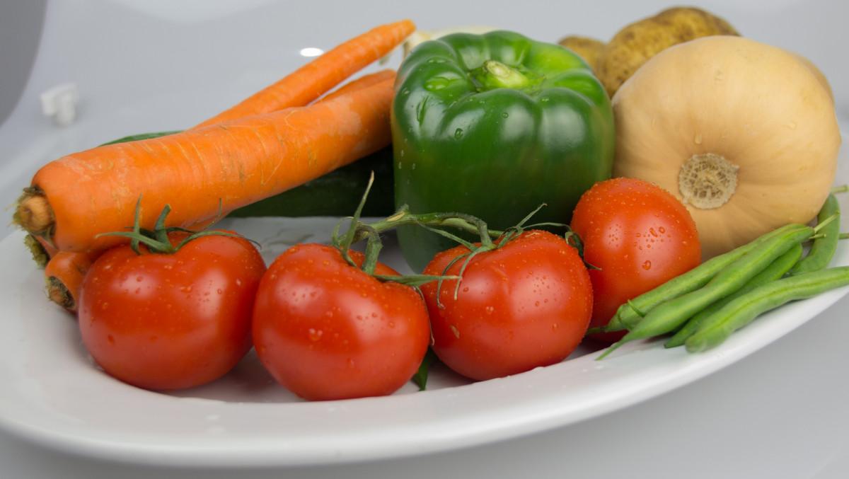 Fotos gratis restaurante comida produce vegetal for Plantar pimientos y tomates