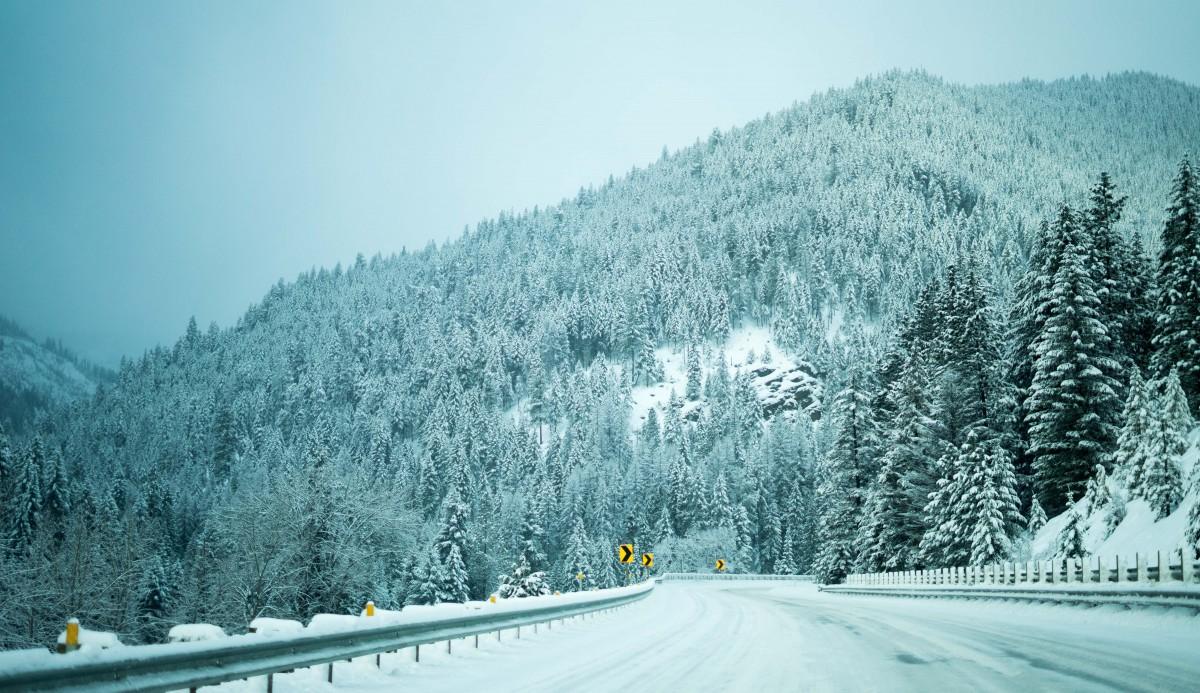 images gratuites arbre montagne neige hiver route matin cha ne de montagnes m t o. Black Bedroom Furniture Sets. Home Design Ideas
